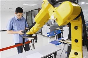 人才短缺掣肘工业机器人产业发展