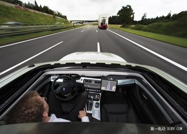 2020年或成智能汽车自动驾驶元年 互联网对阵传统车企