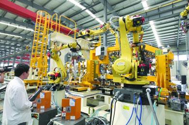 武汉有了本土产机器人生产线 50秒焊出一台车