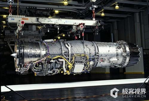 包括战斗机,客机,私人飞机,只要是飞机用的都叫做航空发动机.