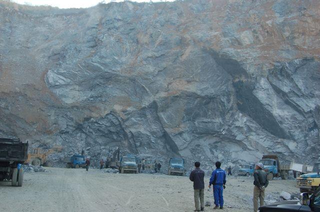 2015年重要矿产资源形势分析 石墨行业尚有利润空间