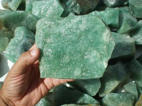碳酸锂炙手可热 雅化集团为何变卖锂辉石矿?