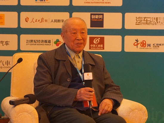 杨裕生:2016或成电池事故高发年 安全应排第一