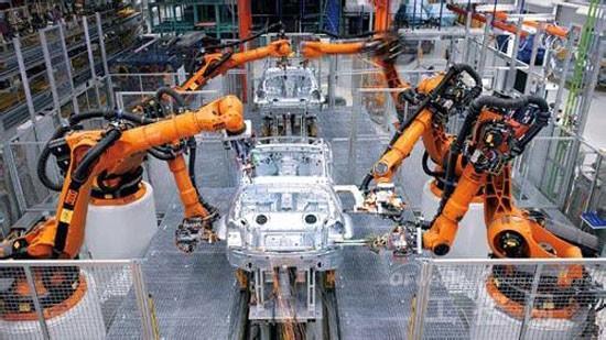 汽车行业牢据工业机器人应用半壁江山
