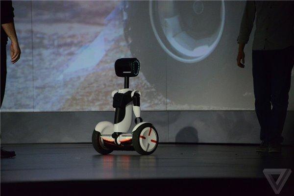 Intel联手小米、赛格威:推机器人管家平衡车