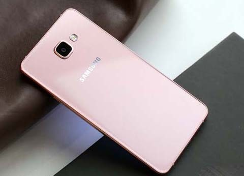 三星Galaxy A7评测:成像解析力佳 旗舰手感的中端价位手机