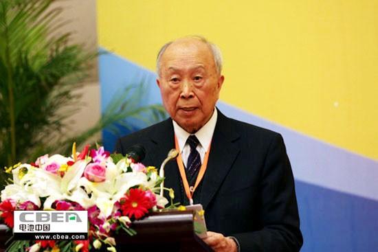 杨裕生院士:中国电动车在技术和政策上都犯了错误!