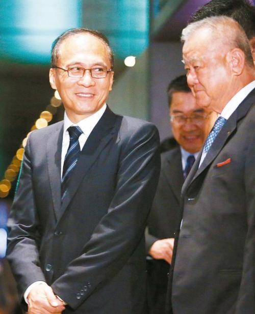 张忠谋呼吁忽略半导体产业
