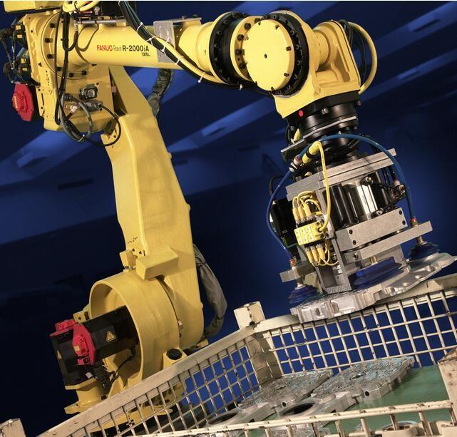 智能制造推动产业需求 工业机器人增速超30%