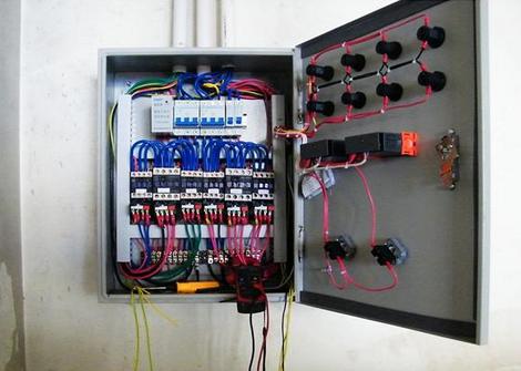 冷库配电箱怎样接线?冷库配电箱接线注意这些问题