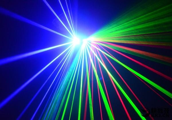 《星际迷航》不是梦!激光脉冲量子远距传输实现