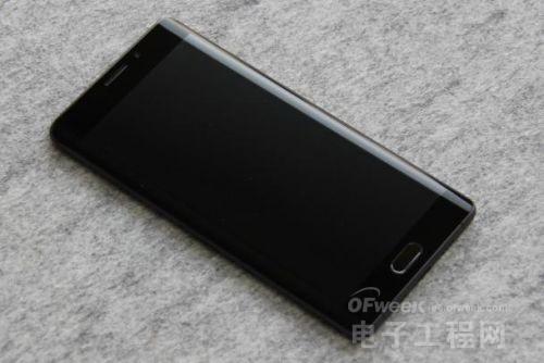 小米Note 2评测:为发烧而生?一面科技 一面艺术!