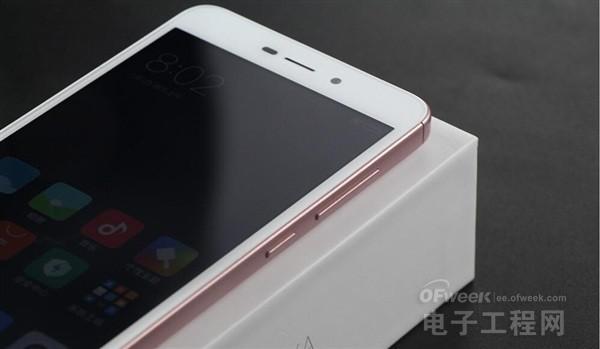 红米4A开箱:骁龙425+2/16GB+500/1300万像素+双卡双待!499元性价比超无敌?(图赏)