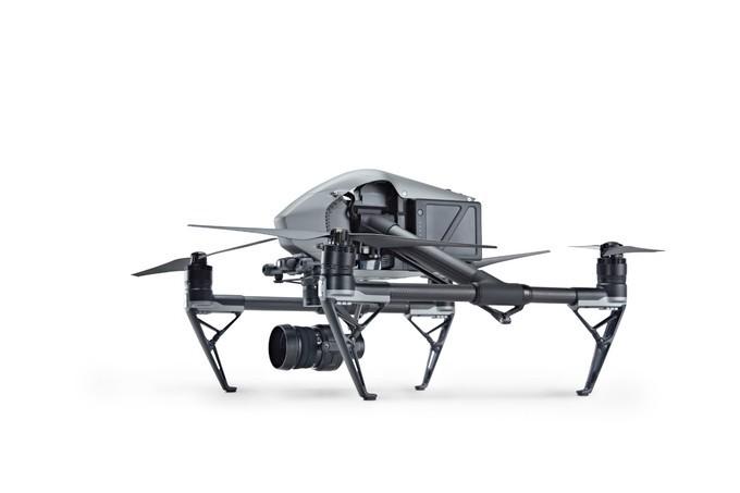 大疆 Inspire/精灵 4 Pro 评测:9999 和 19999 元!无人机界新标杆