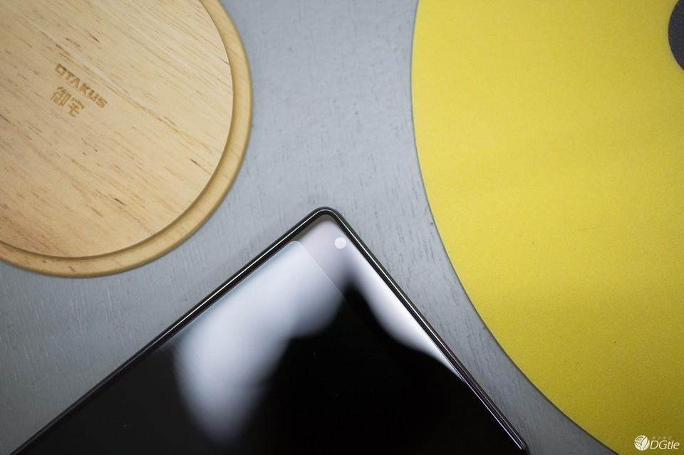 """小米 MIX体验评测:介乎于""""概念""""与""""量产"""" 一款足够好用的手机?"""