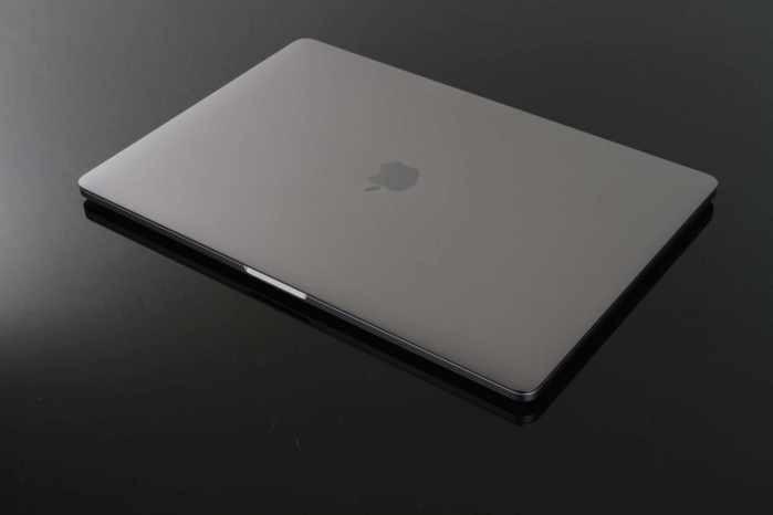 新款MacBook Pro13/15开箱:13、15寸值不值得买?喜欢哪个?