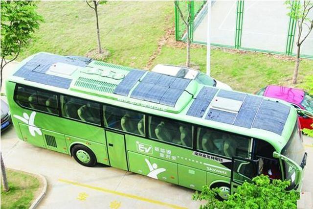 南京金龙的太阳能电动客车-太阳能汽车是噱头,还是未来发展趋势高清图片
