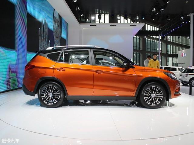 新能源来袭 比亚迪宋DM/EV300明年上市