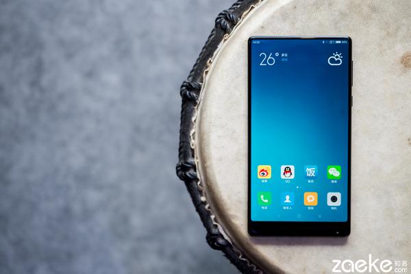 """小米MIX评测:最酷的小米手机 """"探索黑科技""""最好的证明"""