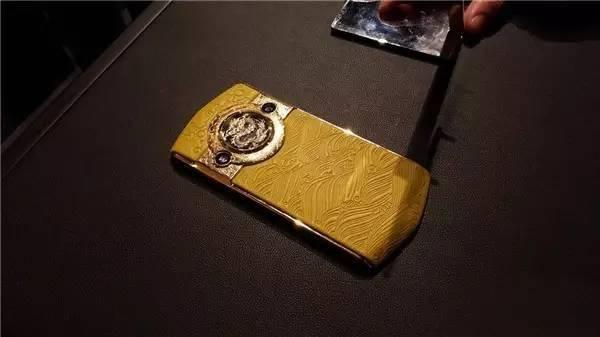 售价19999元 故宫定制手机会有人买吗?