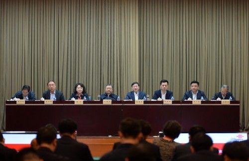 中国联通2017年工作会议:全面深化实施聚焦战略