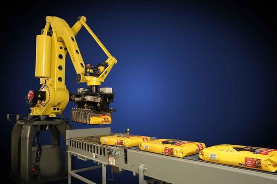 成本下降、技术升级 工业机器人将普及