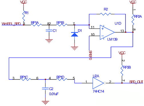 图3 轮速传感器接口电路 电路采用两级滤波和整形,以保证轮速信号在极低转速下不会丢失,同时避免因悬架振动引起的信号干扰。图中由电阻R2引入第一级迟滞比较,而使用74HC14引入第二级迟滞比较。 横摆角速度、纵向/横向加速度传感器 横摆角速度、纵向/横向加速度传感器的安装位置基本相同,输出都是0V-5V的模拟量,由于汽车颠簸造成的信号波动特性一致,故封装在同一模块中。其硬件接口如图4示,实现硬件模拟前置滤波,以抑制来自传感器的模拟信号中的高频噪声成分,防止在采样过程中出现混叠现象。 调整图4中各个阻容元件