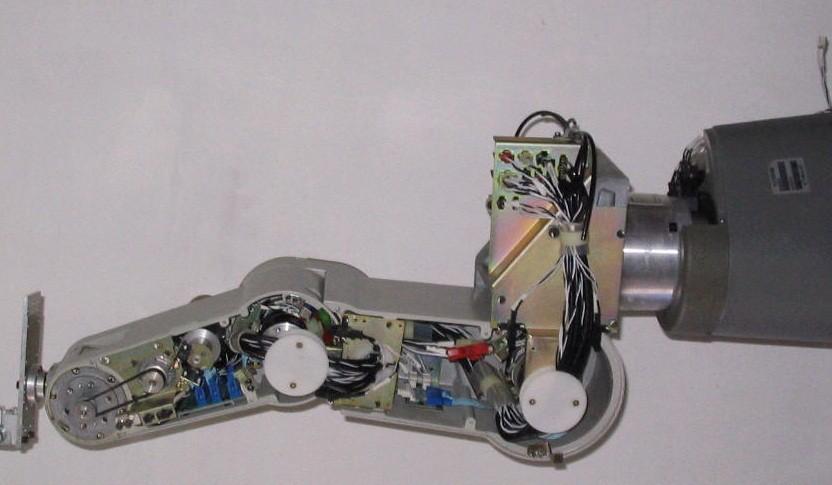 盘点工业机器人常见的六种传感器类型