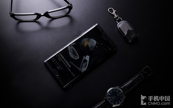金立M2017评测:作为一款定位商务人群的高端旗舰手机