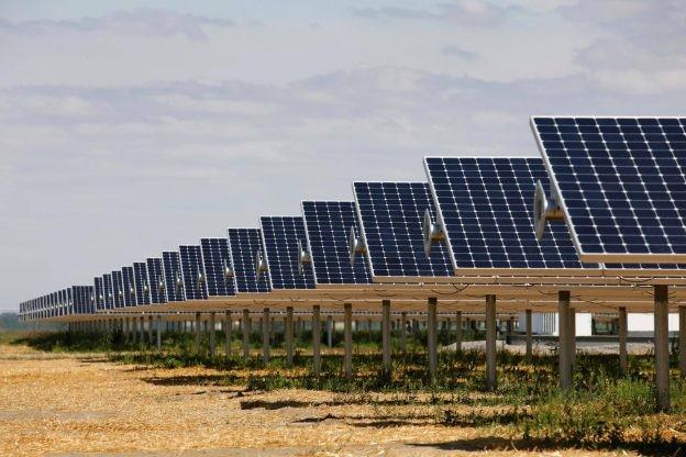 美国太阳能电池厂