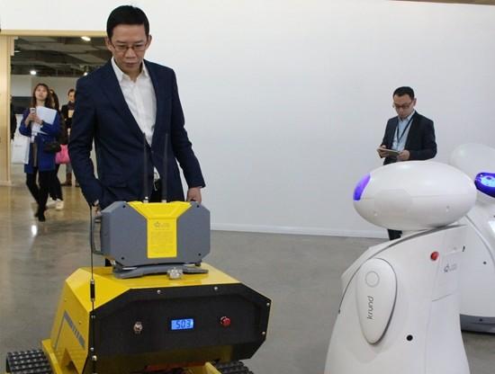 吴晓波:传统家电企业将被智能家居企业整合