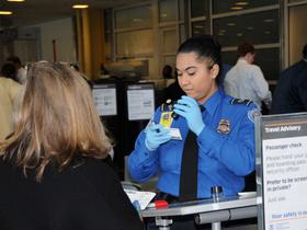 FAA警告航空公司:锂电池存爆炸风险