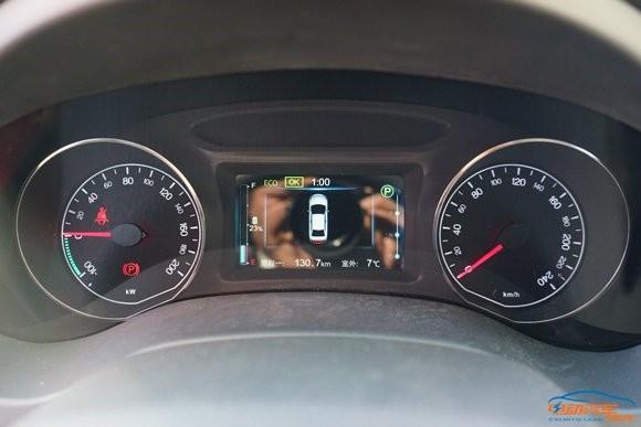 解读比亚迪e5纯电动汽车:续航256公里 进军北京市场