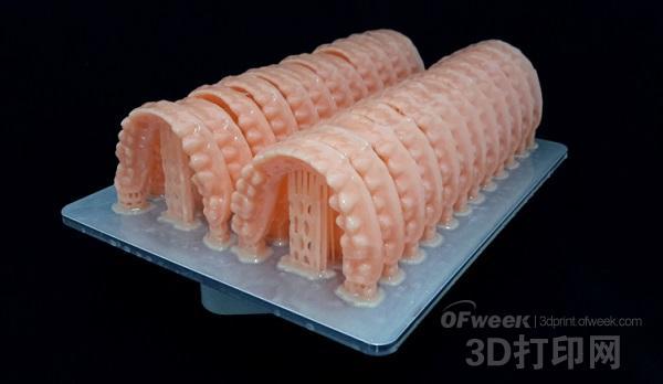 新加坡展:两款可使用新材料的高速牙科3D打印机