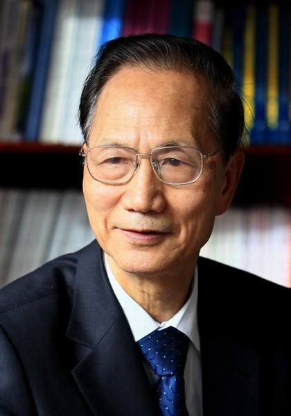 清华大学计算机系教授、中科院院士张钹先生