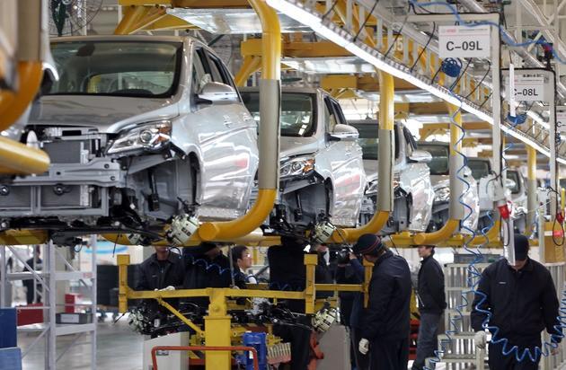 新能源汽车渐获认可 补足充电短板抢滩市场
