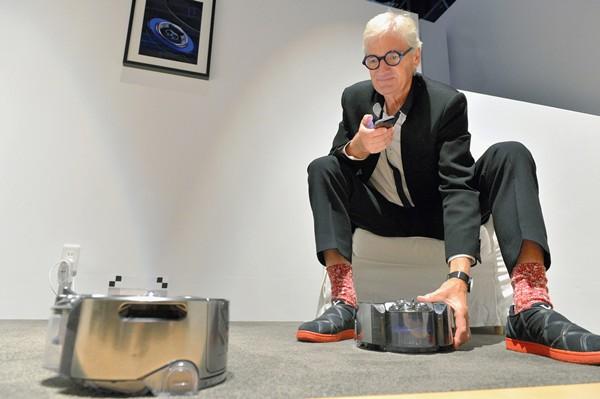 戴森公司挑战特斯拉 将投资10亿英镑开发电池新技术