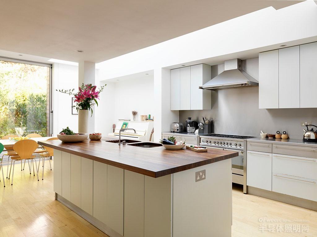 如何让厨房照明焕然一新,方法你想知道吗?图片