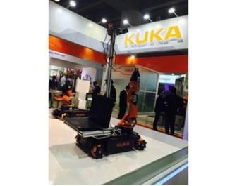 全球首款可集成全向移动轮平台的移动工业机器人KUKA youBot