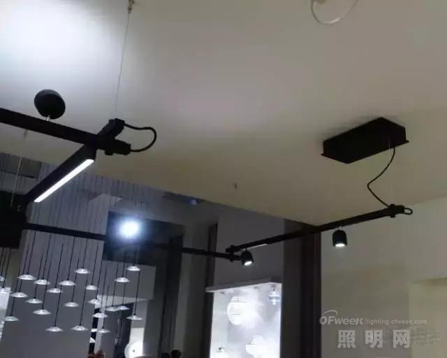 从法兰克福吹来的10股LED照明旋风