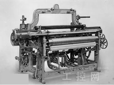 图1 机械化纺织机