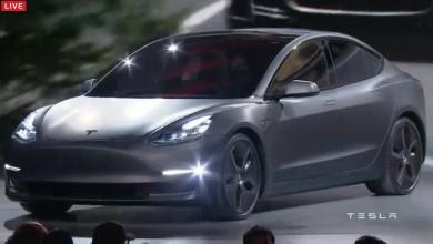 特斯拉Model 3      银灰