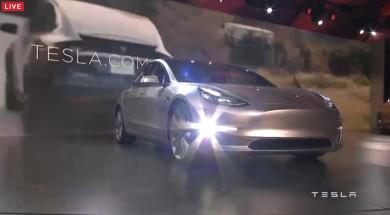 特斯拉Model 3    入门款