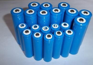 2015年我国锂离子电池累计生产56.0亿