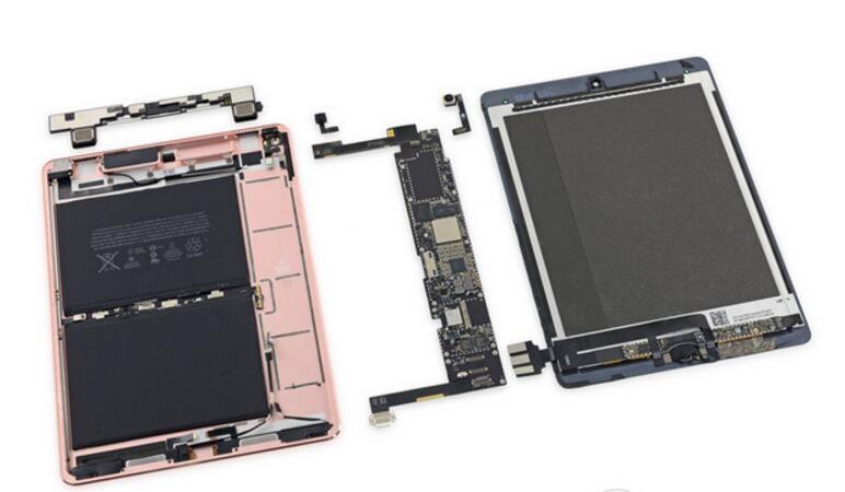 新iPad Pro拆解:内部大改 榨干每一寸空间