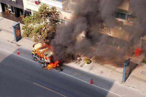 纵览电动汽车起火现象 深挖安全隐患根源