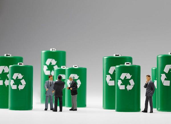 鼎端装备牵手清华大学 研制汽车电池回收设备