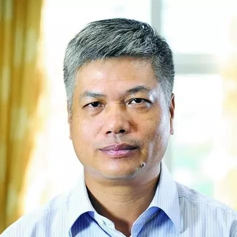 古镇镇党委副书记、镇长魏宏锐