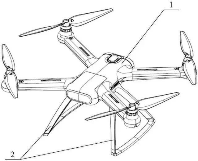 小米无人机专利图   (飞行器的脚架结构和飞行器)   同期,大疆拥有 228 件发明公布专利,其中,10 件是发明授权,301 件是实用新型,128 件是外观设计。   数量级碾压尚在预料之中。关键是没有看到小米无人机在智能化方面的尝试。   四旋翼设计已是标配,球型摄像头、4K 视频也并非新概念。唯一碾压大疆的只有价格,尤其在对标大疆精灵 3 的时候。   智能无人机技术的关键不在外形、遥控等(小米无人机很多专利技术是在这范畴),而在于能否拥有「视觉」,即令机器感知周边环境并做出调整。   在高