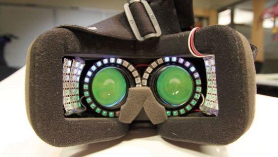 为了玩虚拟现实不晕 Oculus Rift DK2塞了一堆LED灯